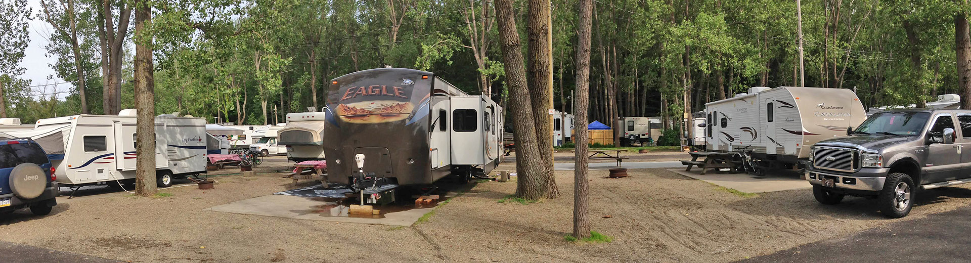 RV campsites at Sara's Campground